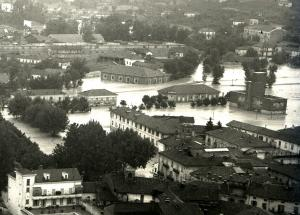 Canelli alluvione 1948 particolare Foto Livio Bobbio