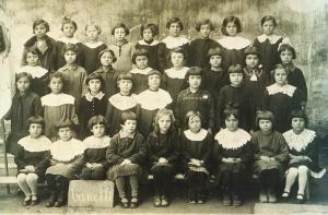 Canelli scolaresca anno scolastico 1927 Foto Giamelli archivio Bobbio